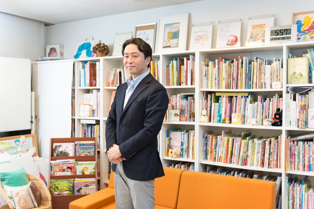 金柿秀幸さん(株式会社絵本ナビ代表取締役社長)