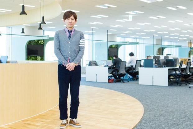 嵜本晋輔さん(株式会社SOU代表取締役社長)。2月12日にお披露目する新社屋にて。