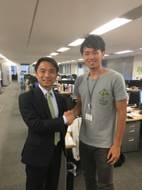 岩瀬社長と握手