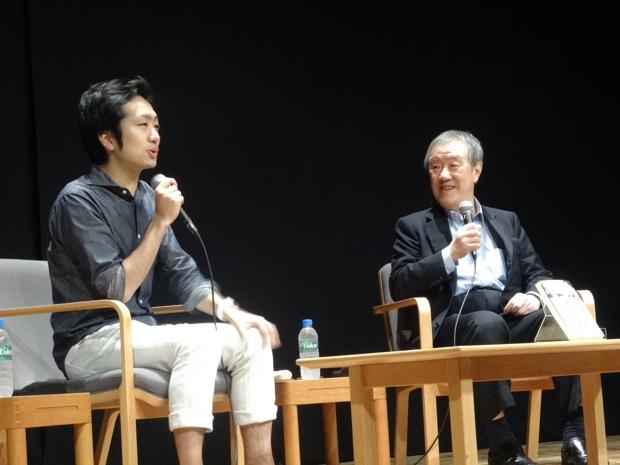 写真左:駒崎弘樹さん(NPO法人フローレンス 代表理事)、右:出口治明(ライフネット生命保険 会長)